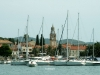 Historické jádro města Vela Luka na opačném konci ostrova Korčula